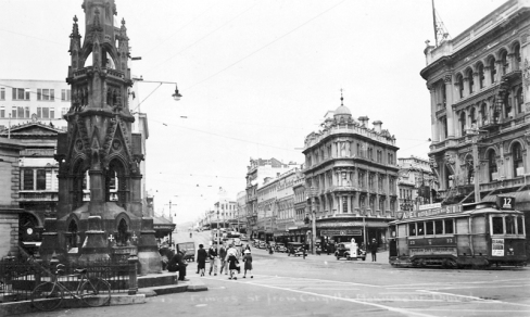 Princes Street with Cargills Monument