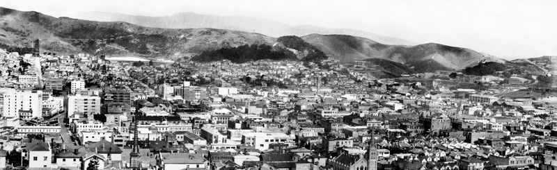 Panorama view of Te Aro, Wellingtonlooking to Mt Victoria. Embassy Theatre (built 1924). Courtenay Place can be seen on the far left.