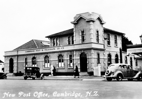 Cambridge Post Office (Clock tower removed in 1931 after Napier Quake damage and building extended in 1936)