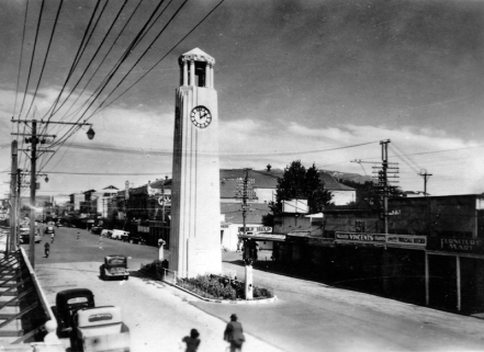 Gisborne: The Robinson Memorial Town Clock unveiled 1934