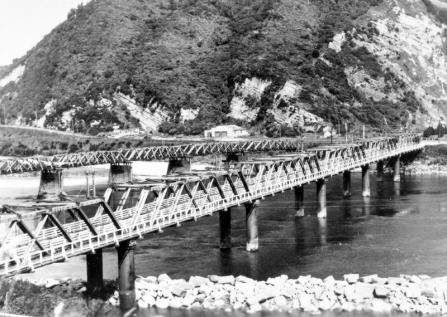 Rail and Traffic Bridges