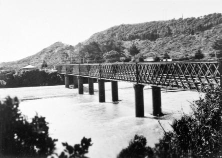 Taranakau River, Grey-Hokitika Road